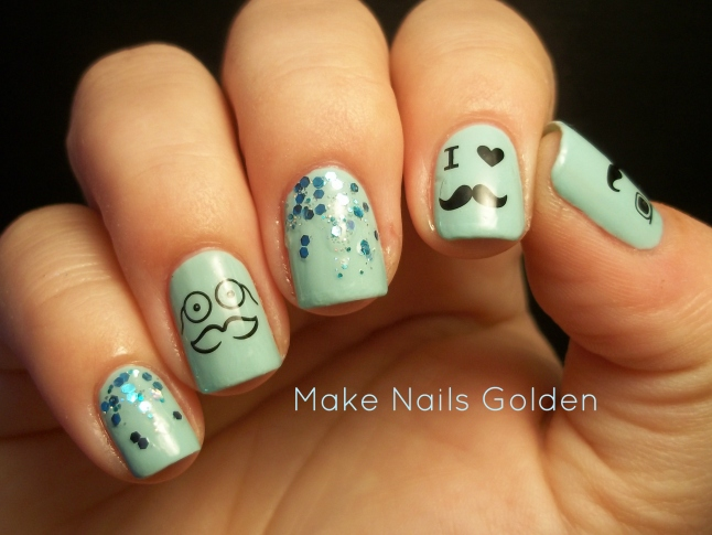 NOTD: Ungles blaves amb glitter i water decals